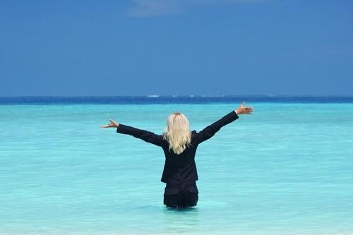 прикольные статусы про отпуск