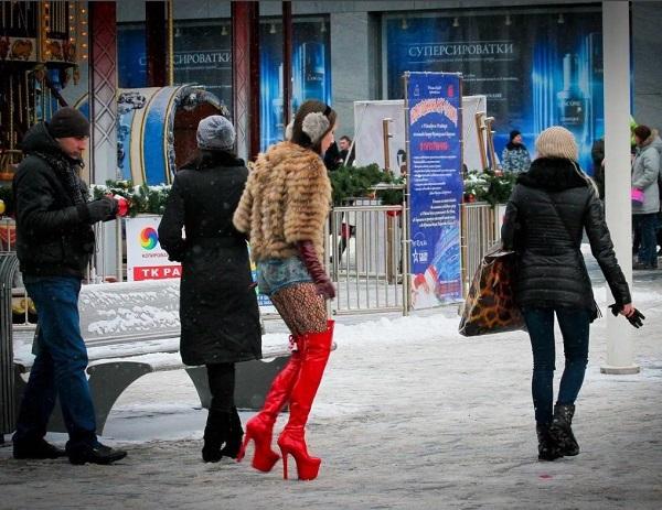 девушки и каблуки