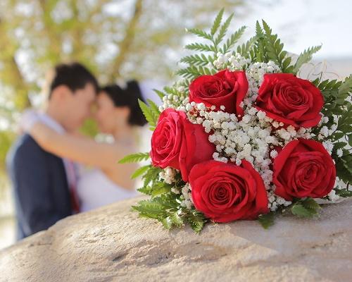 Read more about the article Красивые тосты на свадьбу своими словами