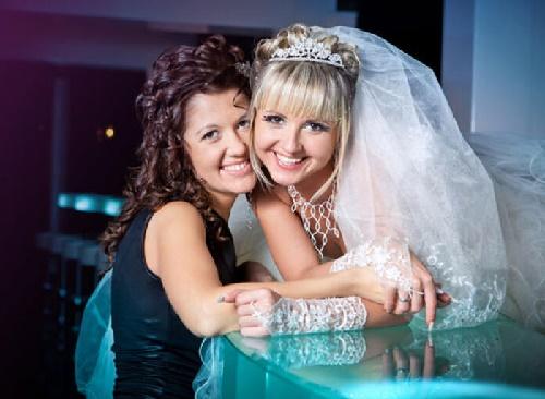 Read more about the article Тосты на свадьбу сестры