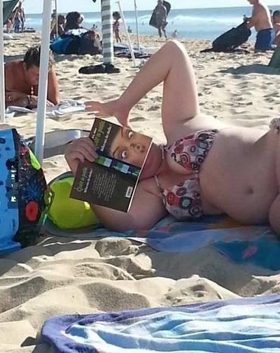 Смешные фото с девушками на пляже