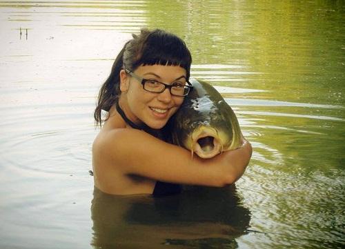 Смешные фото с девушками на рыбалке
