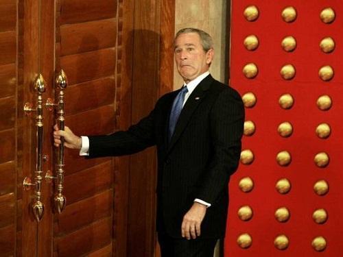 Прикольные фото с Бушем младшим