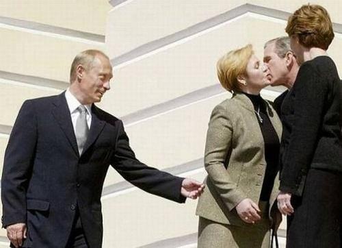 Read more about the article Смешные фото про политиков