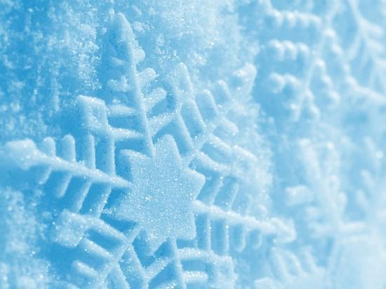 Read more about the article Интересные факты о снеге и снежинках
