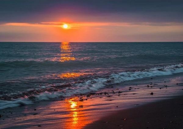 Read more about the article Интересные факты о Чёрном море